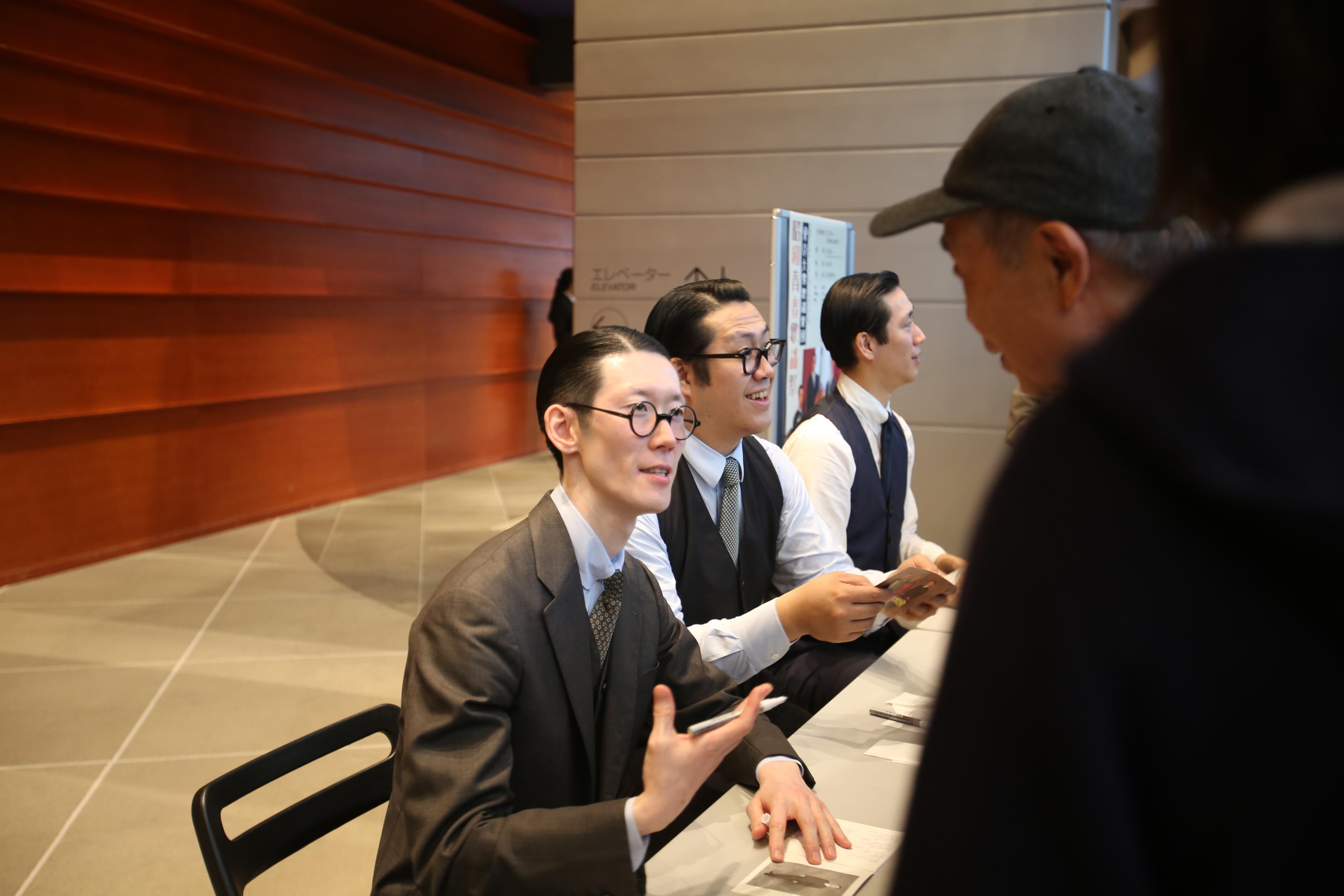 東京大衆歌謡楽団 公演後のサイン会